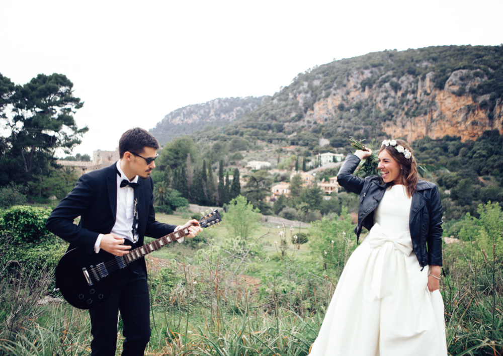 rock wedding in mallorca